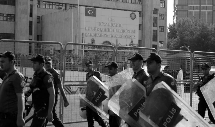 Turquia intervencion policial de alcaldias kurdas la-tinta