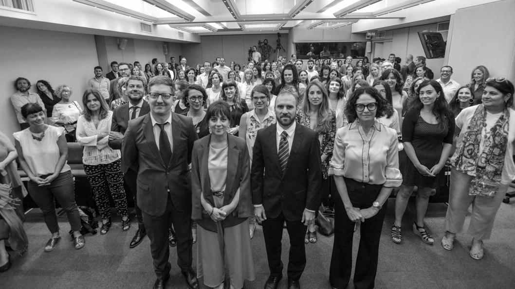 mercedes-dalesadro-guzman-economia-presupuesto-2021-perspectiva-genero-feminismo-01