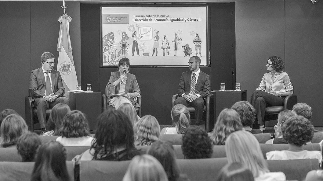 mercedes-dalesadro-guzman-economia-presupuesto-2021-perspectiva-genero-feminismo-03