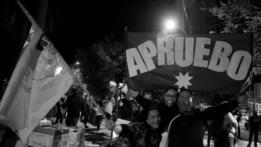 Chile plebiscito apruebo festejos la-tinta