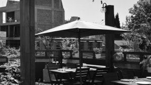 Restaurante recuperado atenderá en la calle mientras invierte en el salón