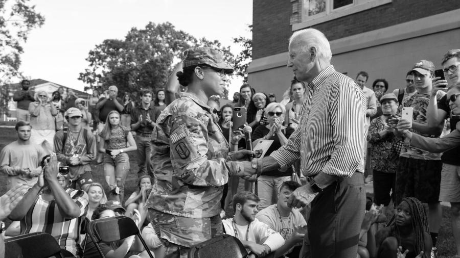 Estados Unidos Joe Biden militares la-tinta