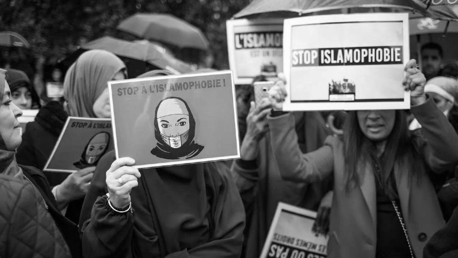 FRancia stop islamofobia la-tinta