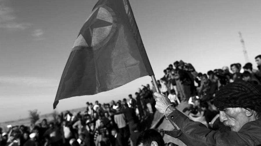 Kurdos PKK bandera la-tinta