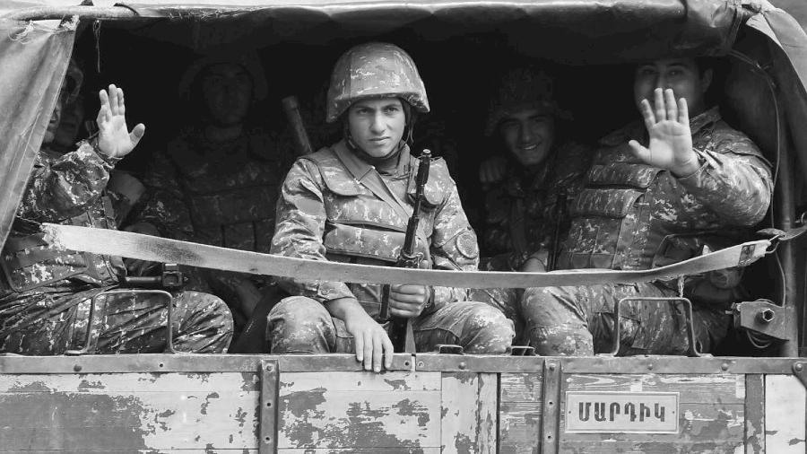 Nagorno Karabaj guerra soldados la-tinta