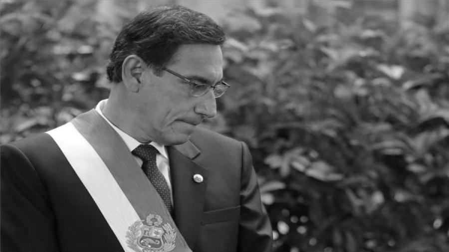 Peru Martin Vizcara presidente destituido la-tinta