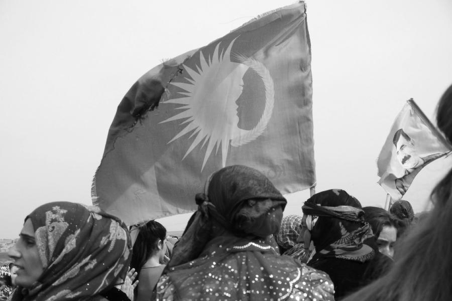 Rojava Kongra Star mujeres movilizadas la-tinta