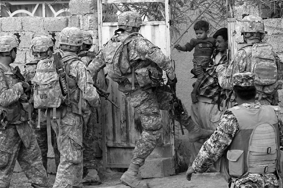 Estados Unidos invasion a Irak 2003 la-tinta