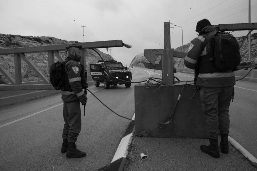 Israel checkpoint en autopista la-tinta