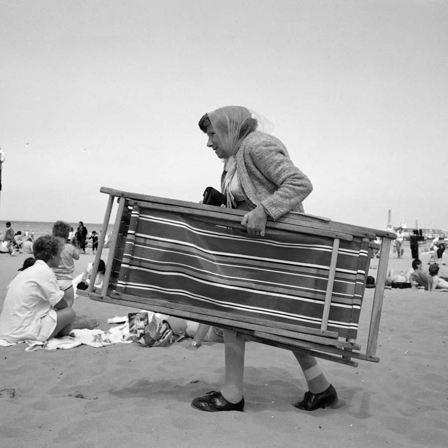Martin-Parr-playa-vieja-verano