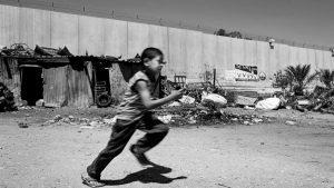 Los muros del apartheid: una industria boyante