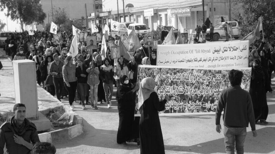 Rojava Ain Issa manifestaciones la-tinta