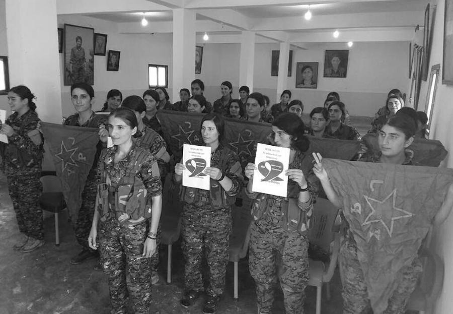 Rojava milicianas YPJ aborto en Argentina la-tinta