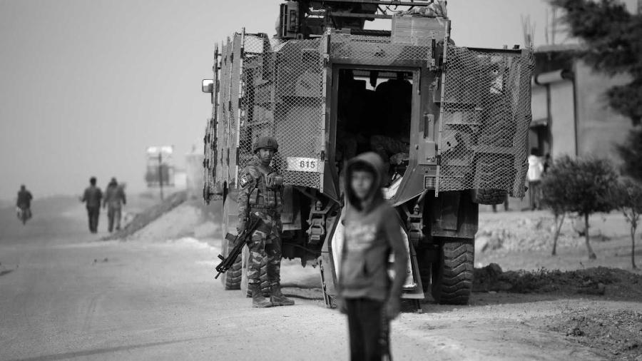 Rojava tropas turcas ocupantes la-tinta