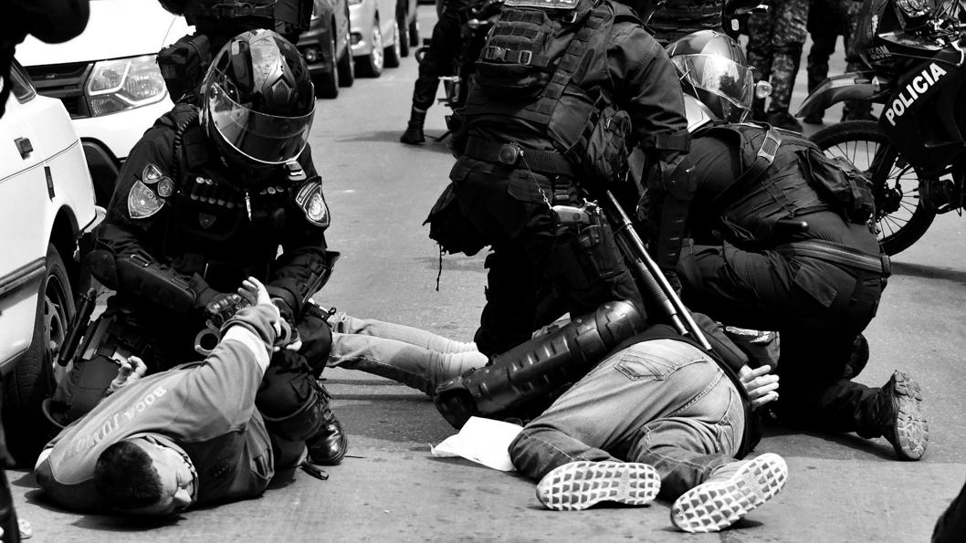 policia-fuerzas-seguridad-violencia-represión