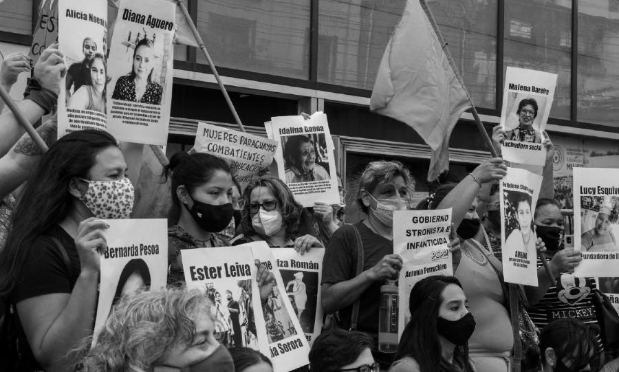 Paraguay Dia de la Mujeres protesta la-tinta