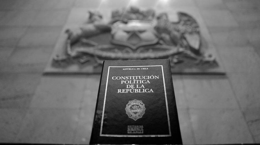 chile constitucion nacional la-tinta