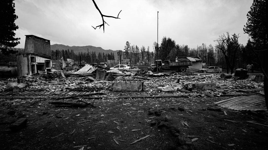 2021-03-10-Incendio-El-Hoyo-Euge-Neme-Patagonia-Chubut