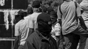 """Los """"Fantasmas"""" de Puerto Príncipe: grupos armados y rebelión policial en Haití"""