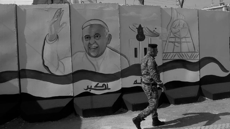 Irak mural Papa Francisco la-tinta