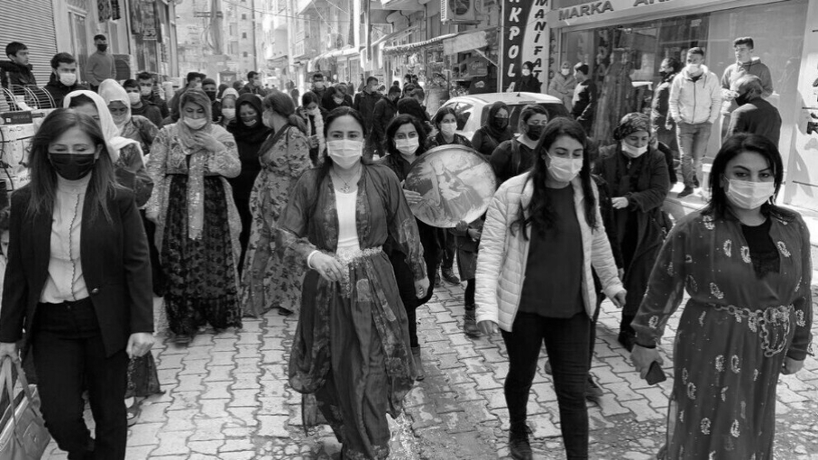 Kurdistan movilizacion de mujeres la-tinta