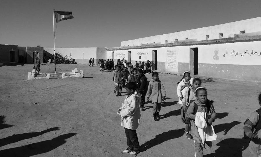Sahara Occidental niños escuela campamentos de refugiados la-tinta