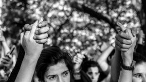 8M: la potencia de la huelga transfeminista y transfronteriza