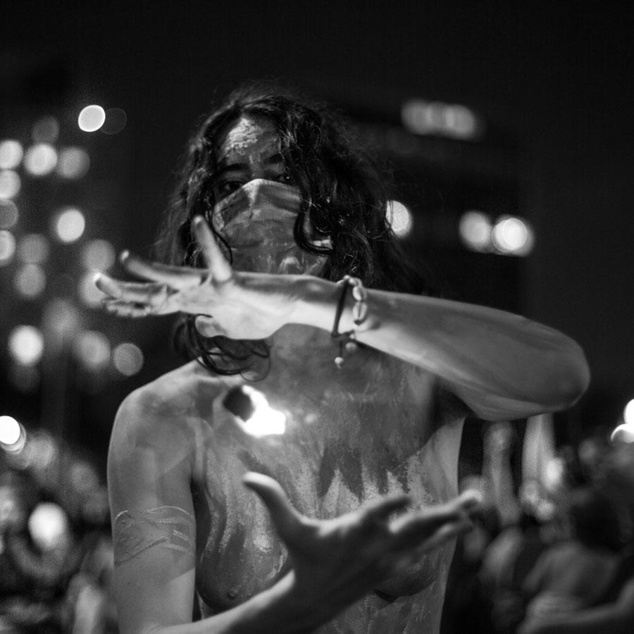 mujer-fuego-eloisa-molina-8m-feminismo