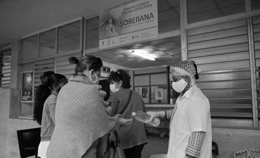Cuba analisis vacuna soberana la-tinta