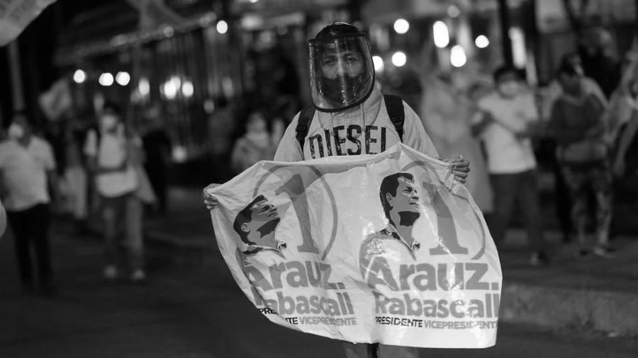 Ecuador campaña electoral Arauz la-tinta