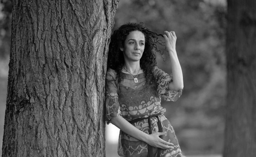 Iran activista Masih Alinejad la-tinta