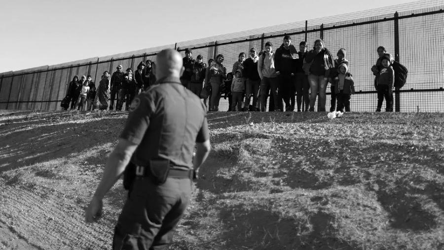Mexico Estados Unidos muro migracion irregular la-tinta