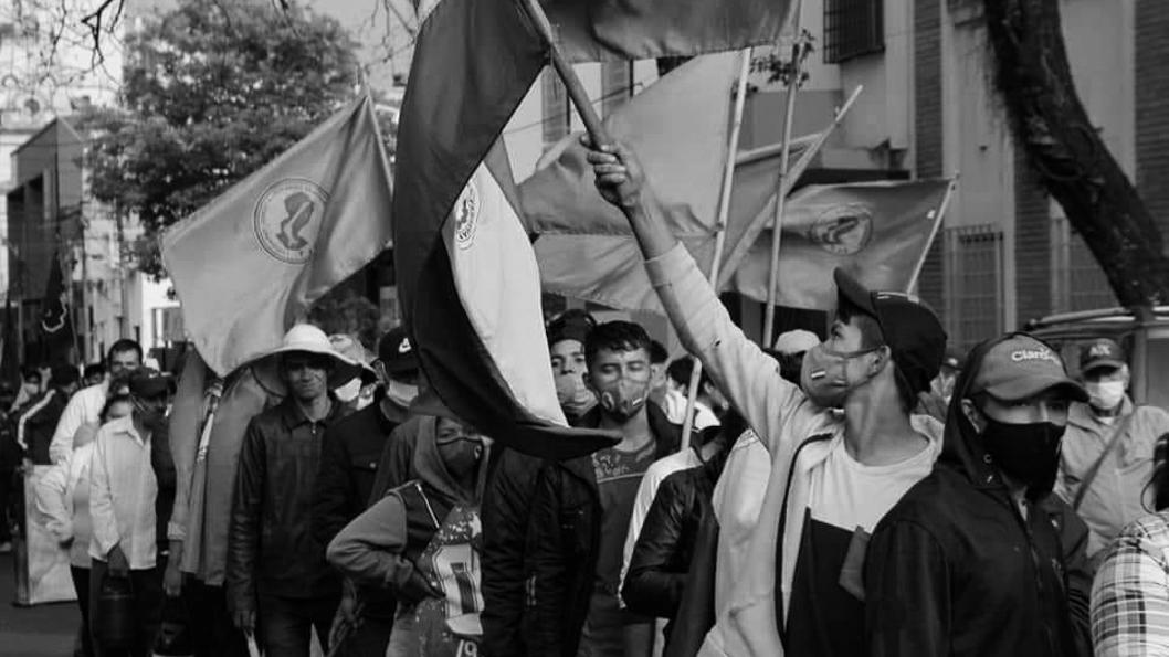 Paraguay-Manifestación-soja-tierra-campo-campesinos-2