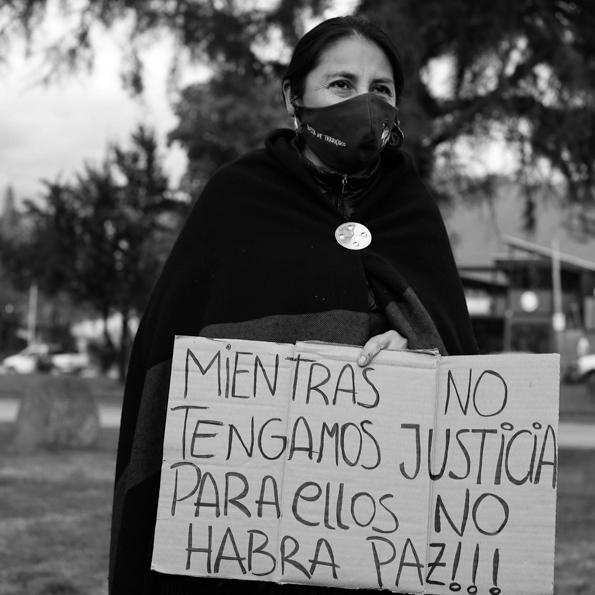 movimiento-mujeres-indígenas-buen-vivir-caminata-terricidio-Bariloche-2