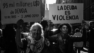 """Verónica Gago: """"No hablamos sólo de deudas de los Estados, sino de deuda para vivir"""""""
