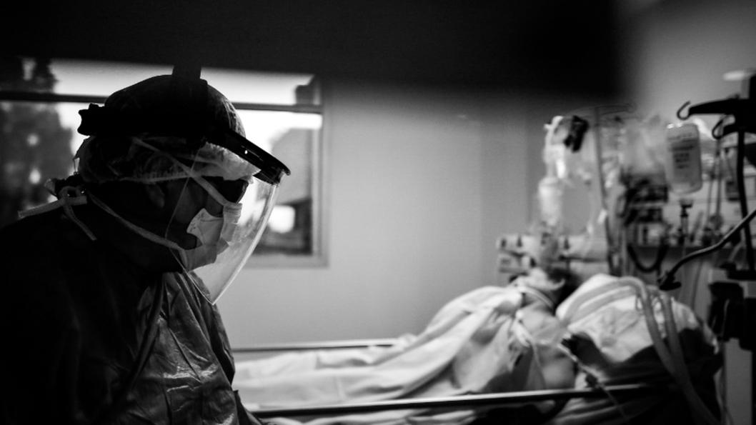 pandemia-covid-salud-hospital-medico-internación