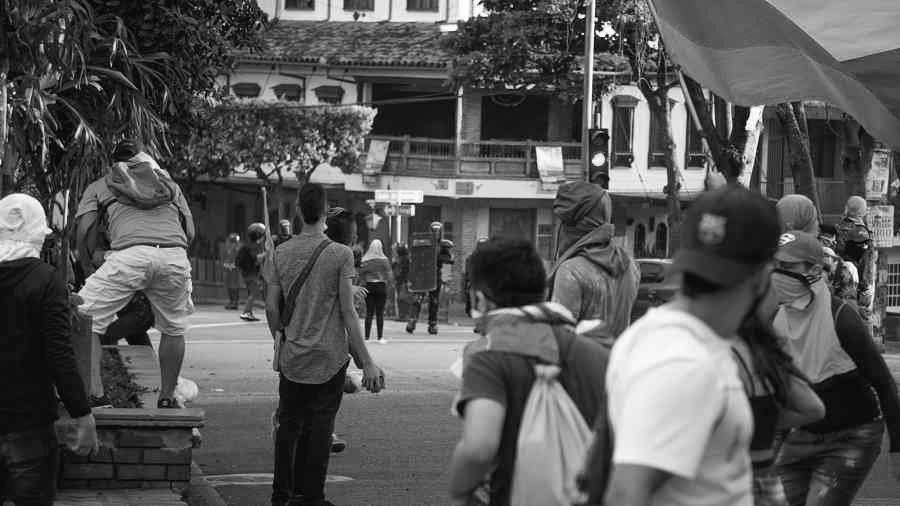Colombia Bucaramanga represion y protesta la-tinta