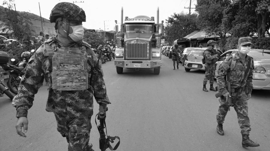Colombia militarizacion la-tinta