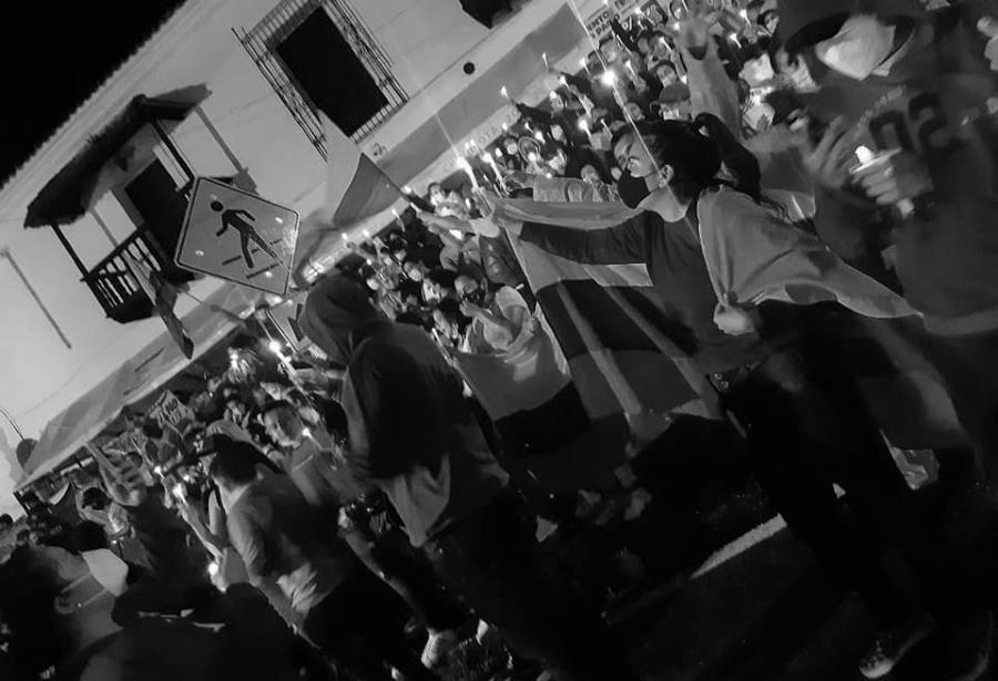 Colombia protestas a la noche la-tinta
