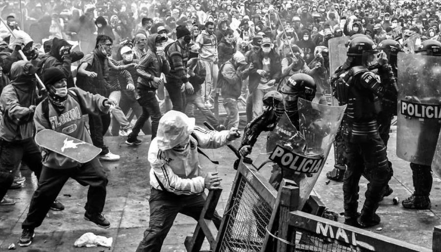 Colombia protestas contra policia la-tinta