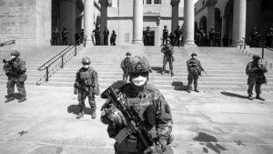 Revelan altos niveles de racismo en fuerzas armadas de Estados Unidos
