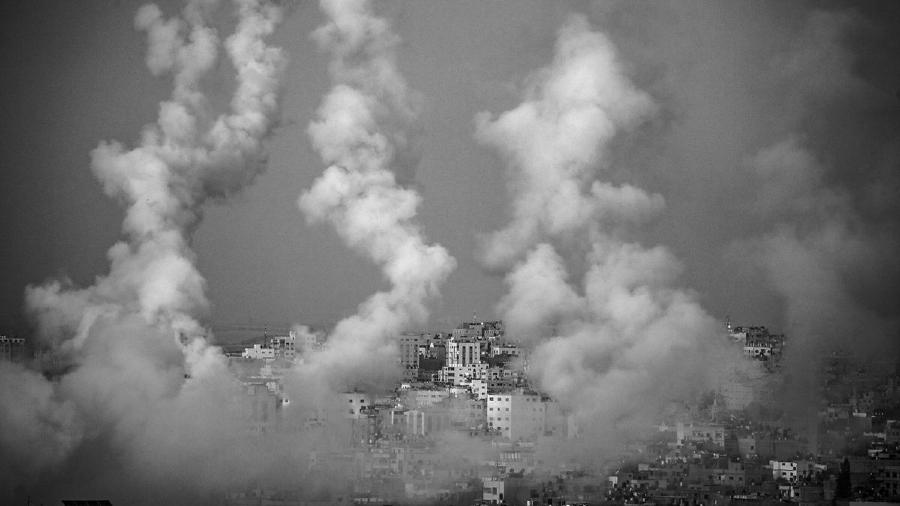 Palestina Gaza bombardeada la-tinta