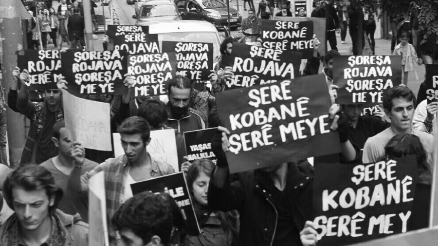 Turquia manifestacion en solidaridad con Kobane la-tinta