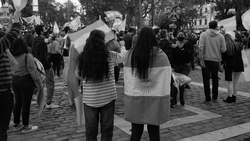 marcha-derecha-25-mayo-pandemia-covid-antiderechos-Córdoba-2