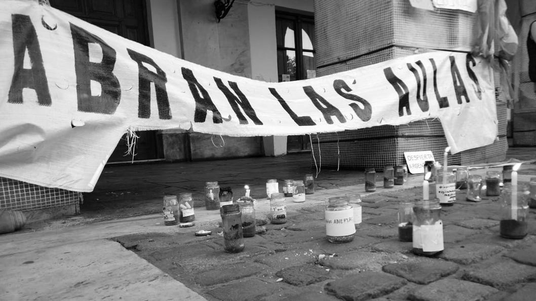 marcha-derecha-25-mayo-pandemia-covid-antiderechos-Córdoba