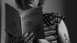 De Córdoba para el mundo: una librera travesti