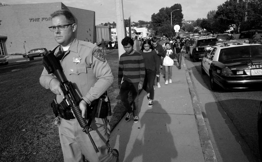 Estados Unidos violencia escuelas la-tinta