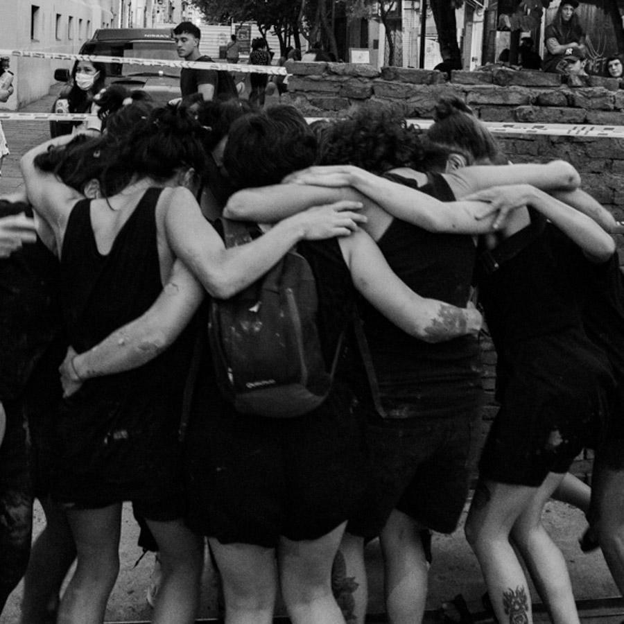 1:1-Intervención-muro-mujeres-alfareras-8M-13