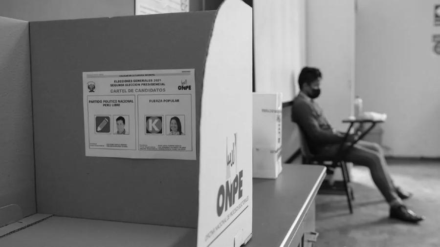 Peru mesa electoral balotaje la-tinta