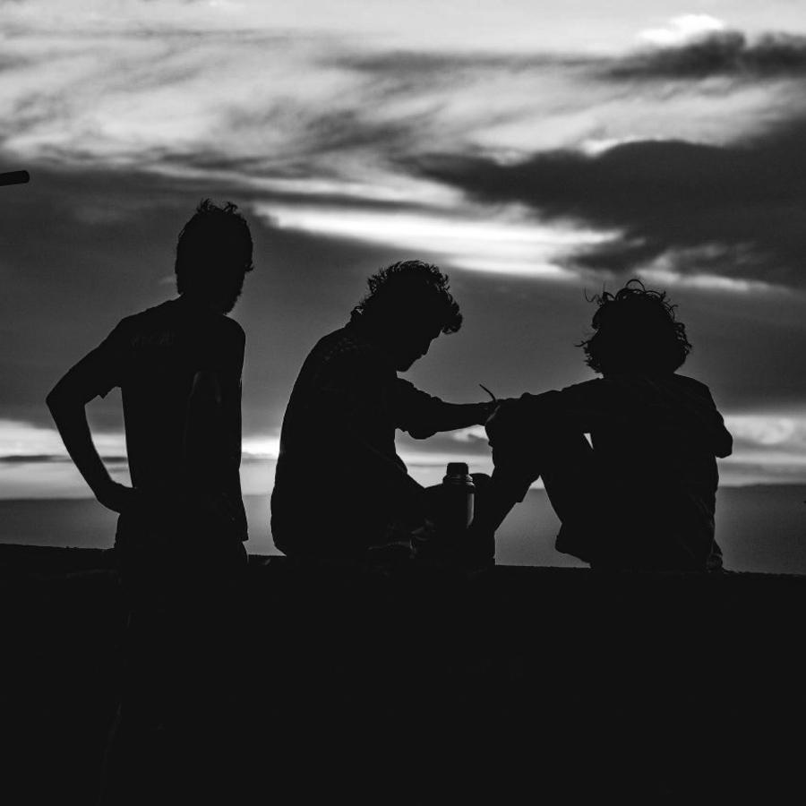 amigos-terraza-amigas-amistad